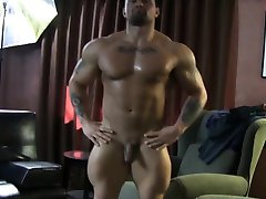 Muscular straight guy rimmed at massage