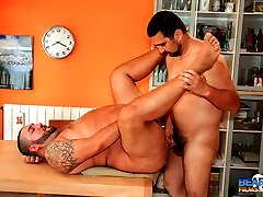 Javi Rodrigo and Ramoso Fiore are a pair of extra caliente bears with a free afternoon to...