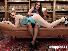 Girl next door, Dolly Leigh, visits Kirsten Prices psychiatric office in hopes of curing her...