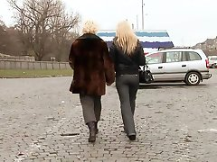 Cute Young Blonde Girl Seduces Mature Woman