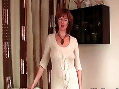 Mom strips off and shows her mature camel toe