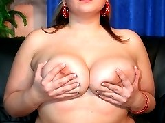 Big Beauty Blows big dick and swallows cum load!