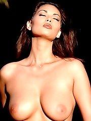 Tera Patrick hot pornstar outdoors stripping nude