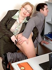 Blonde secretary screwing her boss with a toy in hardcore action in office