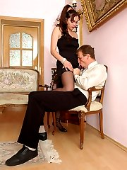 Red hot babe in lacy stockings is a leader in strap-on fucking with a chap