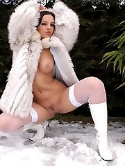 Winter wonderland nude Eve Angel