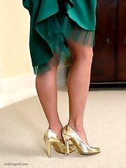 Sexy Vicky practises her her ballroom dancing in high heels.
