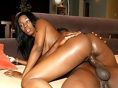 Black milf gets pounded by a younger guy
