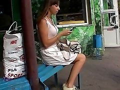 Amateur unwillingly pleases with up skirt