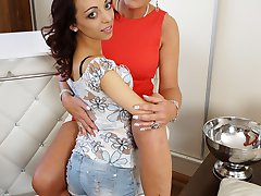 Tiny babe gets seduced by a mature lesbian