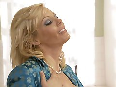 Diary of a horny housewife part 2