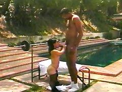 Hot midget bangs a big hard cock