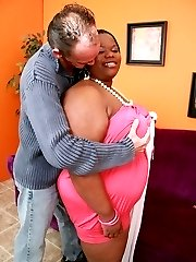 Huge ebony bbw Chocolat Hottie showing off her massive booty to attract a guy into fucking her...