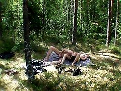 Hot teen girl gets fucked in the woods