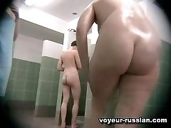Naked oldie with a yummy huge ass bends down right in front of a hidden cam planted in the...