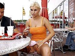 Public blonde girl fucking
