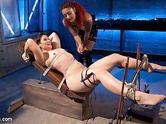 Daisy Ducati electro initiates erotic wrestling star Jayogen with the violet wand, an...