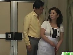 Mature Chizuru Moans Hard From A Stiff Fuckin