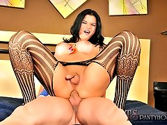 Sexy shemale hottie gets a big cock