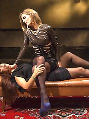 In the dungeon of her own mind, Syren de Mer confesses her incessant sexual desires and her obsession with women to latex therapist dominatrix Mona Wales! Syren's treatment includes choking, finger banging, face sitting, flogging, paddling, tit slapping, spanking, suspension bondage, pussy licking, fisting, dick-on-stick, pussy and anal strap-on fucking, and tons of orgasms!!!