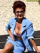 Sweet  Grandma   Photos