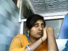 lip Kiss indian hot