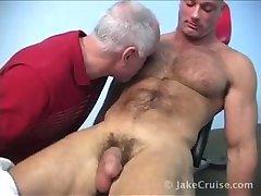 muscle stud jerks off./