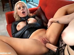 Holly Heart returns to Whipped Ass with an explosive performance and great chemistry with Bella...