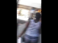 Big Booty Ebony Teen Jiggle in Leggings