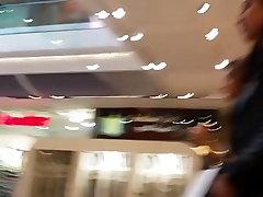 Teen Shopper Upskirted