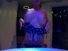 Showing off my Butt, Pussy and Huge tits in a Spa Center