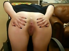 Cute Teen Spreads Her Hot Ass On Her Webcam