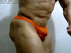 Str8 bodybuilder flexing