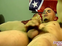 Latin amateur loves to show off his cock and his sexy body