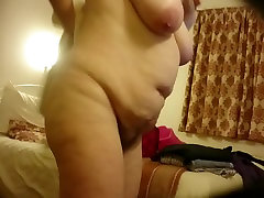 Spying on mature wife after shower