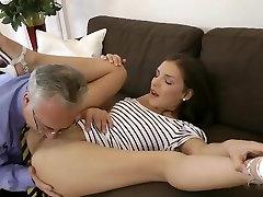 Old man fucks hot babe&039;s ass