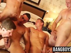 Five horny jocks enjoying a cock sucking cum splashing orgy