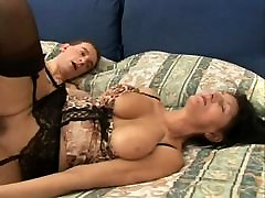 AB-CM mature italian big tits brunette milf nodol