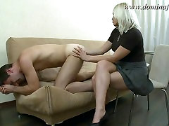DominaFist - Getting off on fisting and footing