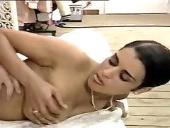Italian hairy babe enjoys some anal