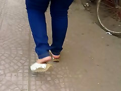 egyptian milf jeans feet legs ass street