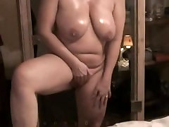 Cougar With Heavy Hanging Tits Masturbating on Webcam