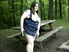Christena from 1fuckdate.com - Bbw banana masturbation in the par