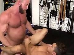 Shay Michaels fucks Armond Rizzo - Gay Interracial Daddy & Twink Sex