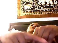 Ebony Milf Masturbating on Cam