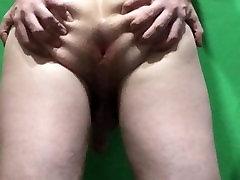 Shaking my big booty