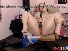 Squirting girl Caitlyn with a long tongue and big ass