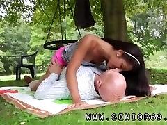 Hd lesbian big ass big tits squirt Vivien meets Hugo in the park and