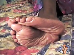 HUGE Size 14WW Mature Ebony Soles 4