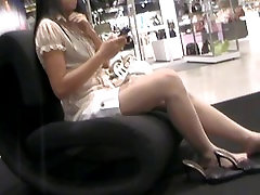 Candid Asian feet and soles